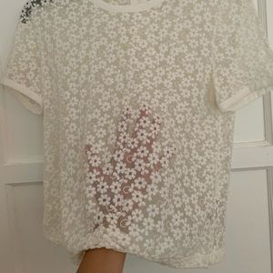 Tops - NEW mesh flower patterned top with back zipper